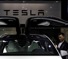 Jefferies raises price target on Tesla to $400 a share