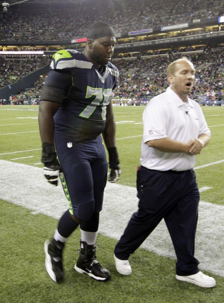 Seahawks put left tackle Okung on injured reserve