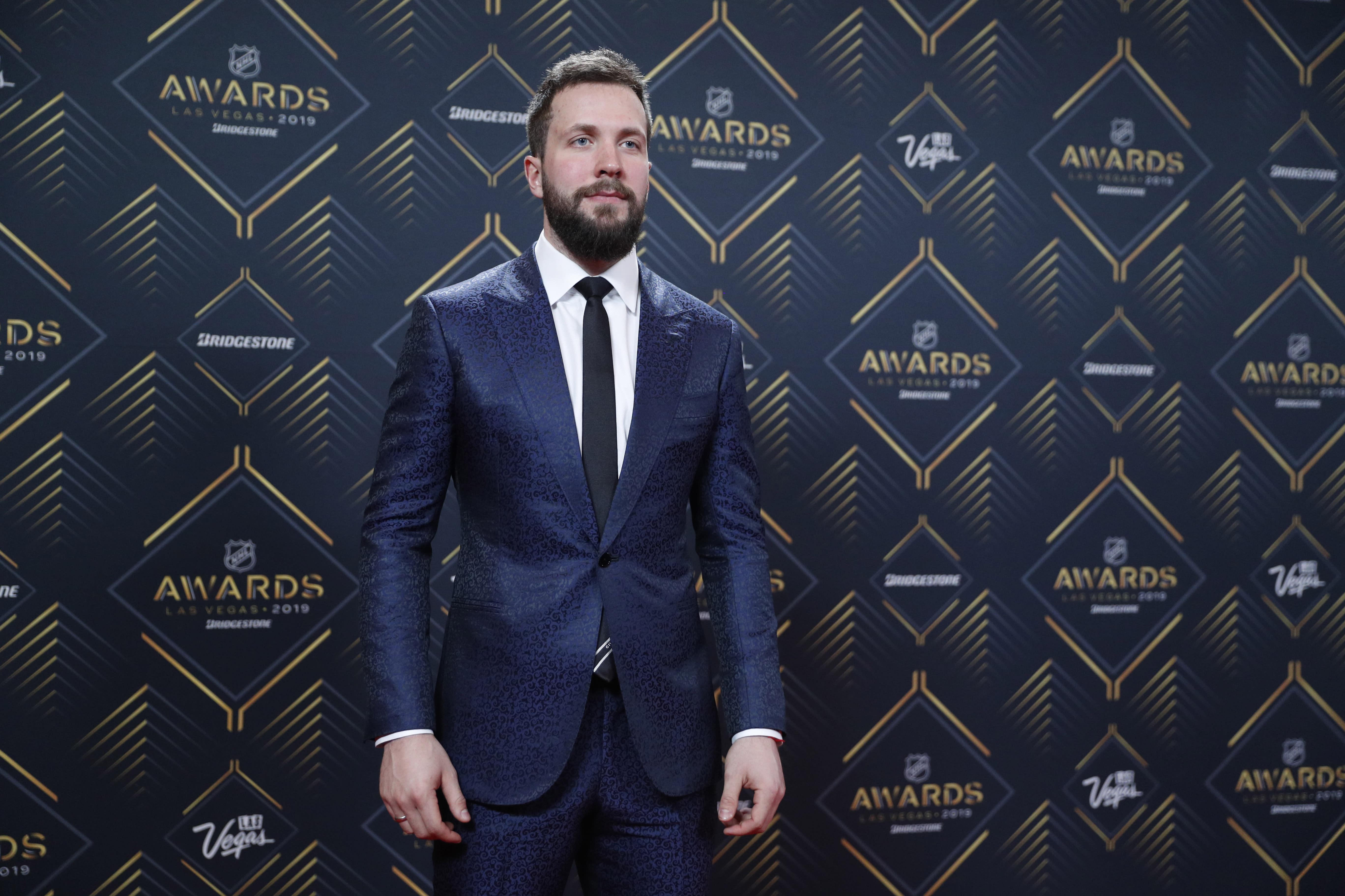 Tampa Bay S Nikita Kucherov Wins Hart Lindsay At Nhl Awards