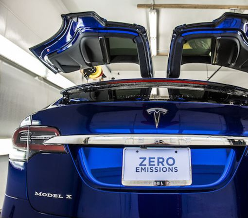 Tesla not backing down, still claims Model X crash was the driver's fault