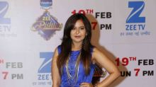Sriti-Shabbir, Asha-Ridhi, Ravi & others stun at the Zee Rishtey Awards!