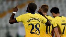 Tottenham sai atrás, mas Lokomotiv Plovdiv tem dois expulsos e ingleses viram para avançar na Liga Europa