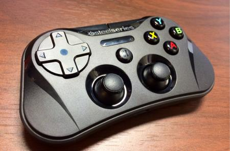 The SteelSeries Stratus is the most important iOS gaming peripheral yet