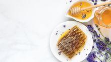 5 razones para incorporar miel en la rutina para el cuidado del cabello