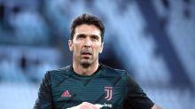 Buffon, 648 presenze,  record in serie A