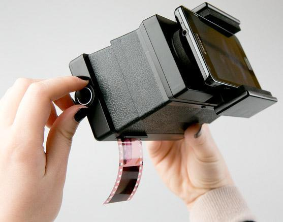 Insert Coin: Lomography Smartphone Film Scanner does as its name implies