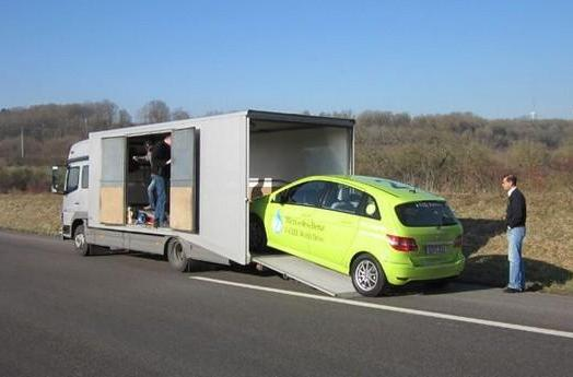 Mercedes F-Cell World Drive gets off to an inauspicious start