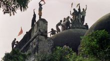 Babri mosque: India court acquits BJP leaders in demolition case