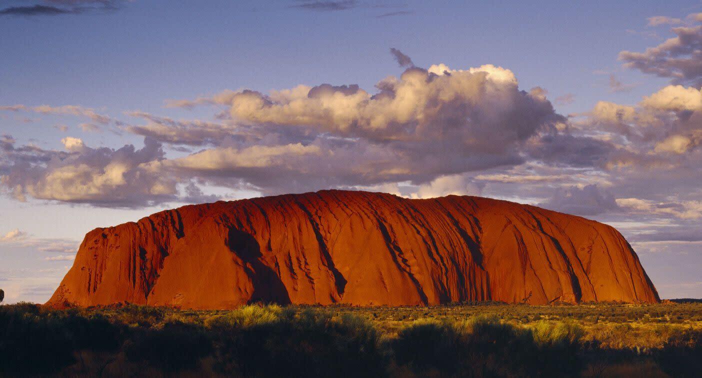 Tourists rush to climb Uluru before it permanently closes