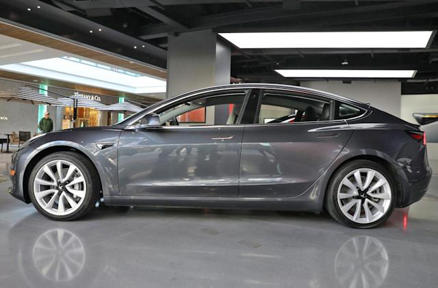 Tesla's Model 3 can now park itself with Summon feature