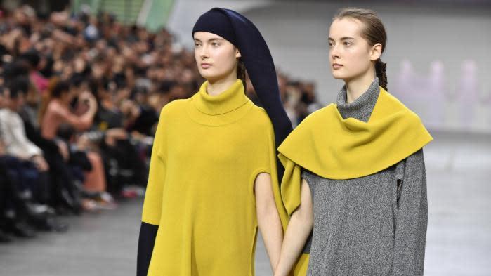 Fashion Week féminine automne-hiver 2021-22, en numérique : Paris maintient sa place de capitale de la mode avec 93 maisons