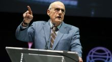 Jeffrey Tambor Denies Sexually Harassing 'Transparent' Co-Star: 'I Have Never Been a Predator'