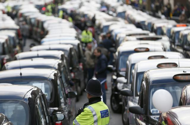 Uber will reclassify drivers in the UK as workers