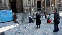 Igrejas mexicanas enfrentam a crise sanitária com cortes salariais e empréstimos