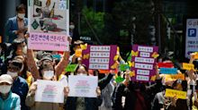 Korean 'comfort women' groups accused of embezzling donations for victims