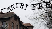 'Doloroso e ofensivo': a reação à onda de pessoas 'imitando' vítimas do Holocausto no TikTok