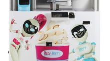 CORRECTING and REPLACING Reis & Irvy's Frozen Yogurt Robots Are Coming to Canada