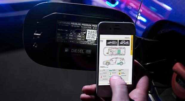 Mercedes-Benz plan will put QR codes on cars to speed up rescues