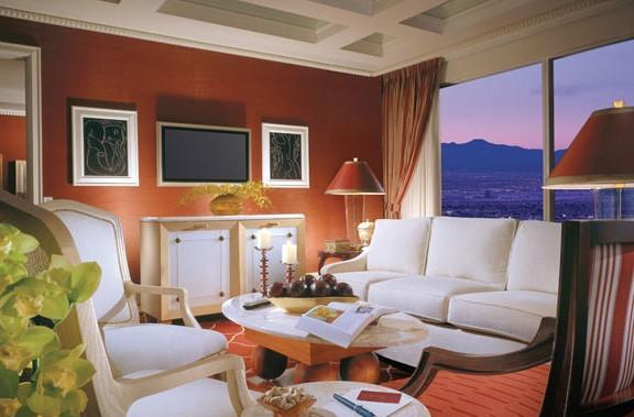 Hotels feverishly upgrading rooms with HDTVs, casually forgetting HD programming