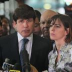 Disgraced governor Rod Blagojevich leaves jail after wife's campaign of Trump flattery