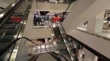 Intu cuts rental growth guidance
