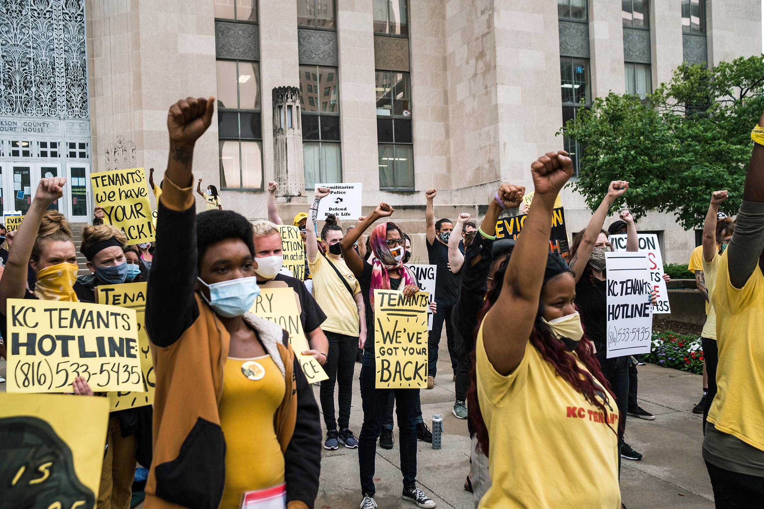 Activists attempt to disrupt Kansas City eviction court after coronavirus moratorium lifted