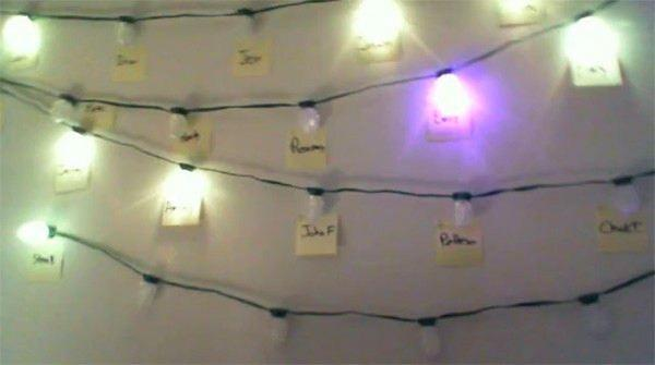 Christmas lights hack puts your IM contacts on the wall above your desk (video)