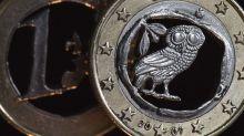 El euro baja a 1,1683 dólares