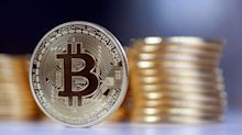What is bitcoin, how does it work and what affects its price?