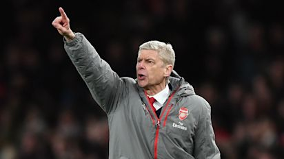 Wenger: 'Arsenal have momentum, the focus is on us'