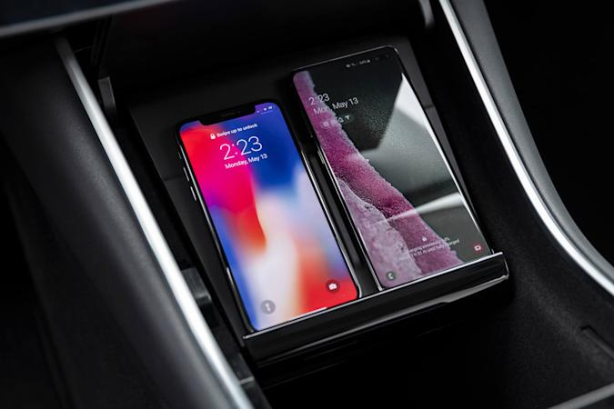 Tesla Model 3 wireless phone charging