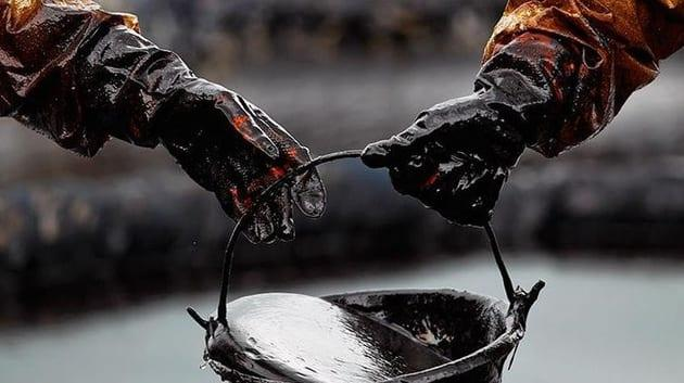 Crude Oil Weekly Price Forecast – Crude oil hammers again