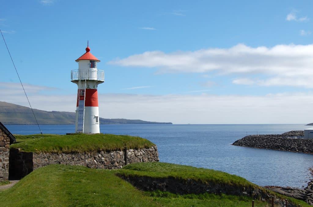 Goodbye Denmark? Faroese weigh pulling free of Danish grip