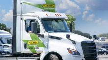 J.B. Hunt Makes First Company Delivery Using the All-Electric Freightliner eCASCADIA