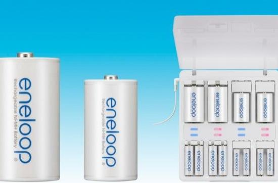 Eneloop batteries get C and D-sized, still not bigger than yo mama