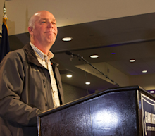 Greg Gianforte apologizes in Montana special-election victory speech for altercation with reporter