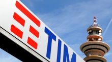 Telecom Italia to grow core profits from 2020, to explore all options on network