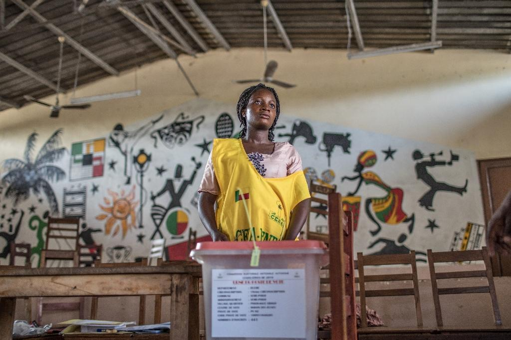 Little more than one voter in five turned out for Sunday's election (AFP Photo/Yanick Folly)