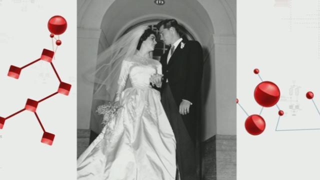 Elizabeth Taylor Wedding Dress Up for Auction
