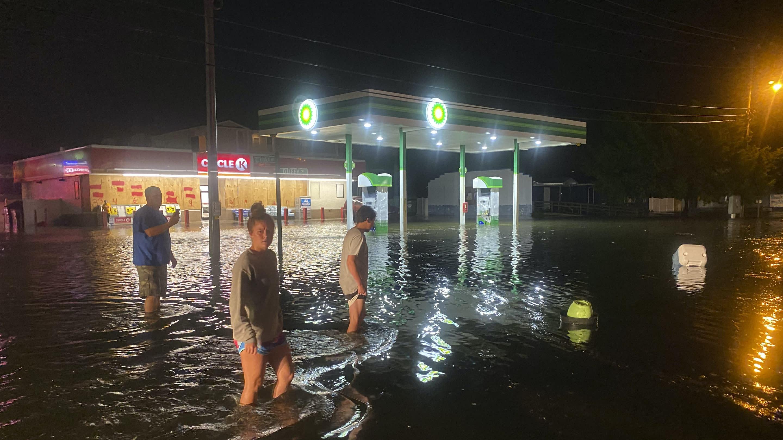Hurricane Isaias hits North Carolina with 85mph winds