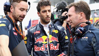 Red Bull boss issues ultimatum to Ricciardo