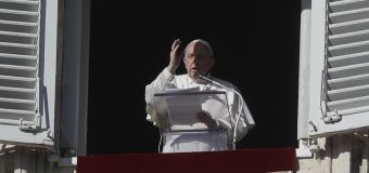 Pope calls attention to man who froze to death