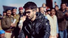 Shahid-Shraddha Will Have You Grooving to 'Gold Tamba'