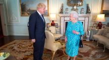 Queen sends Boris Johnson and Carrie Symonds message as PM battles COVID-19