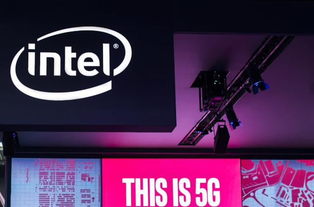 Intel teams with MediaTek to create 5G modems for PCs