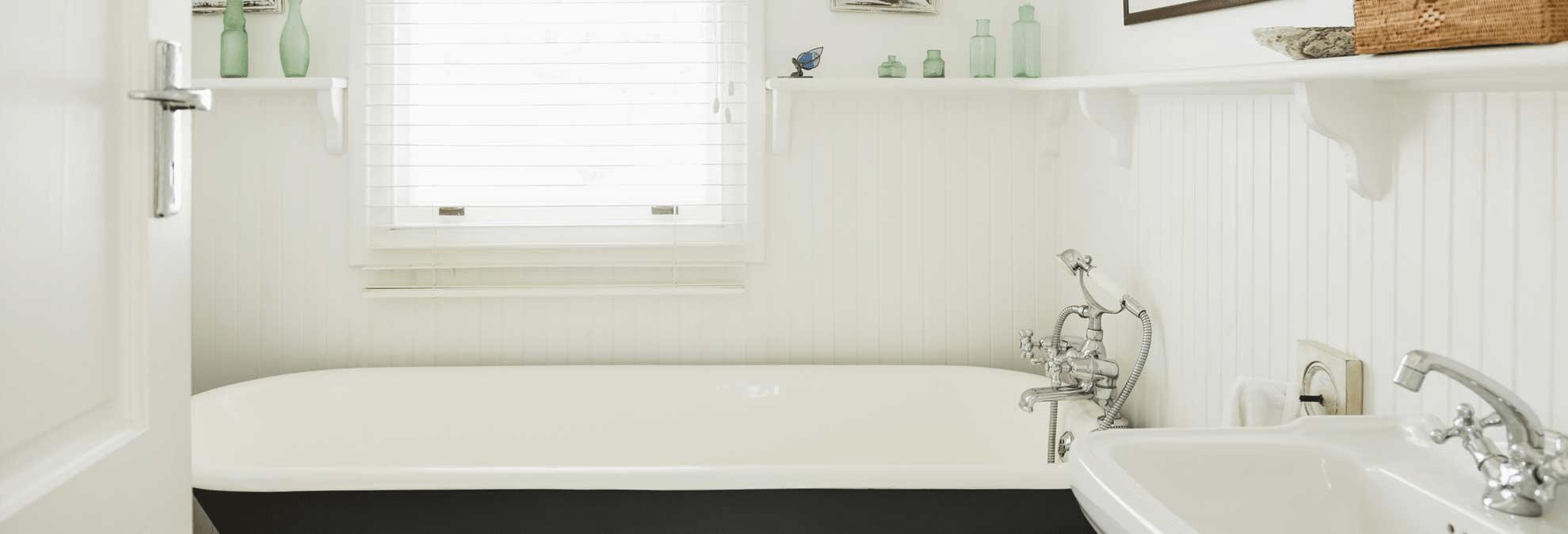 Best mildew resistant paint for your bathroom for Mold resistant bathroom paint