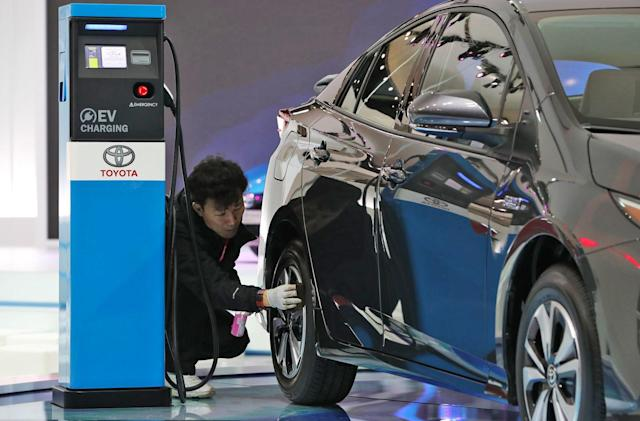 Toyota and Panasonic explore 'prismatic' EV batteries together