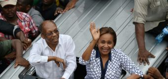 Haiti ex-leader Aristide makes rare outing to back candidate