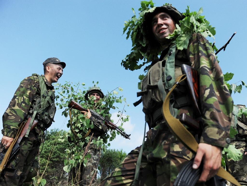 Ukrainian servicemen take part in a military drill in 2015