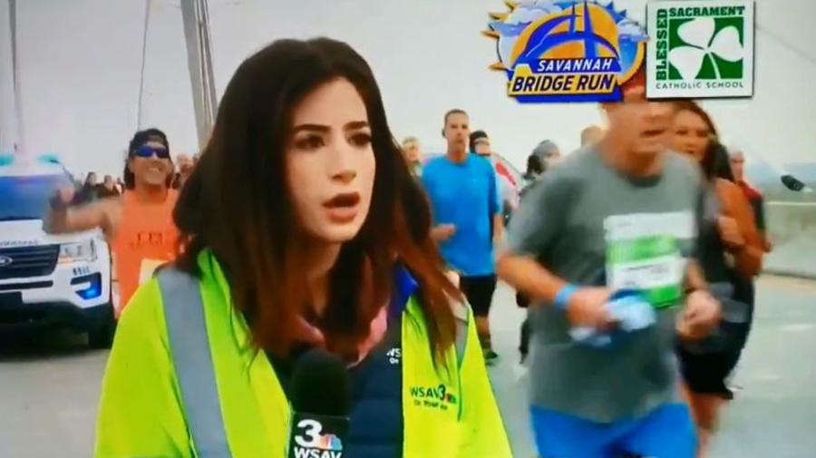 """""""¡Me violó, me cosificó y me avergonzó!"""": reportera denuncia que fue manoseada durante una transmisión en vivo"""
